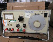 Gould J3B Signal Generator - Missing Foot