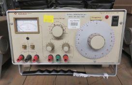 Gould J3B Signal Generator - Missing Foot & Broken Case