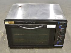 Blue Seal Turbofan E25 Convection Oven (missing foot at the rear)