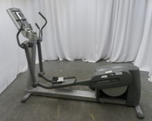 Life Fitness 95xi Cross Trainer. Spares Or Repairs.