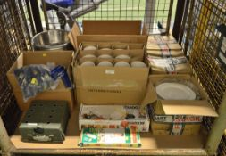 Catering - Plates, Alumuminium Bowl, Chill Gel Packs, Small Fuel Cookset, Coffee Cups, 12x