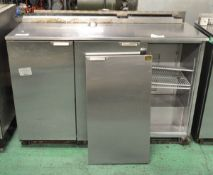 Weald MR1355H 3 Door Refrigeration Unit (broken door)