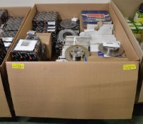 Vehicle parts - Brake discs, Clutch kits - see picture for itinerary for model numbers and