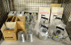 6x Aluminium 4pt Kettles, 3x Aluminium Measure Jugs 2pt, 2x Aluminium Coffee Pots 2pt, 4x