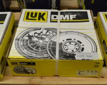 LUK Dual Mass Flywheel 415 0221 10 - Fiat Iveco