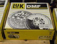 LUK Dual Mass Flywheel 415 0383 10 - Renault