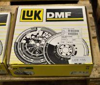 LUK Dual Mass Flywheel 415 0359 10 - BMW