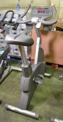 Life Fitness 95ci exercise bike