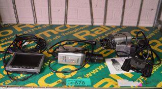 Colour LCD screen 5 inch, 2x Genie GSDN6358M CCTV cameras