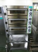 Pizza Group 3 oven - 415V - 790mm x 690mm x 1700mm