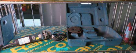 Makita 240v Grinder With Case