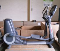 Life Fitness 95X cross trainer