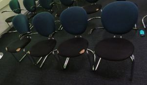 4x Office Chairs.