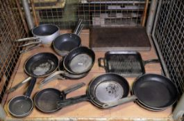 Various Frying Pans, Grill Pans & Baking Trays