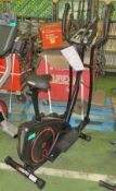 Viavato Setry cross trainer