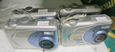 4x Nikon CoolPix2000 Cameras
