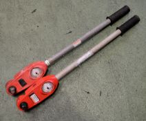 2x Dial Torque Wrenches - 3/4in 0-400Nm