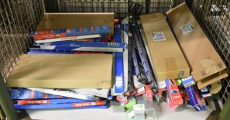 Various Wiper Blades - please see pictures for examples of make and model numbers