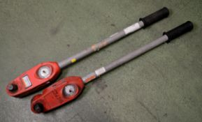 2x Dial Torque Wrenches 3/4in 0-400Nm