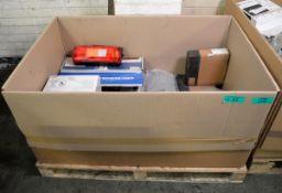 Vehicle parts - brake pad, brake disc, drive shaft flange, cabin shcok absorber, tail lamp