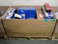 Vehicle parts - oil filter, sump gasket, front brake discs, tail lamp, headlight frame, wi