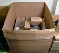 Vehicle parts - brake disc / pad kits - see picture for itinerary for model numbers and qu