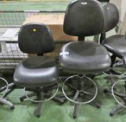 2x Black Office Swivel Chairs