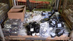 Vehicle parts - O-rings, bulbs, V-belts, bushing, gaskets, screws, seal rings, brake shoe
