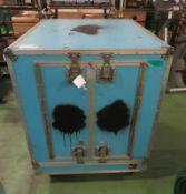 Uni-Effects Bubble Blowing Unit in transit case L 910mm x W 1080mm x H 1170mm