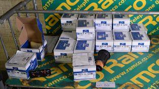 DT Spares - 4.63628 Urea filter inserts x18, DT Spares 1.21114 oil pressure monitors x2