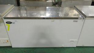Foster FCF500LX Chest Freezer L 1550mm x W 680mm x H 840mm - NO HANDLES