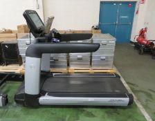 Life Fitness FlexDeck shock Absorption system treadmill