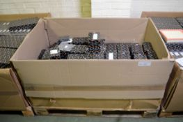 Vehicle parts - pad sets - see picture for itinerary for model numbers and quantities - Pl