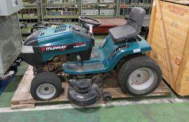 "Murray Ultra Garden Tractor 5-Speed 22HP/46"""