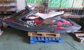 Sea-Doo BRP Spark Water Jet Ski - Scuffs to panels - PLEASE READ DESCRIPTION