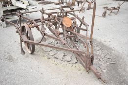 MARTIN, STAMFORD. TRACTOR DRAWN CULTIVATOR SELF LIFTING