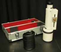 Canon lens FD 150-600mm 1:5.6L - serial 10045 - Canon EH-150 lens hood, Canon carry case