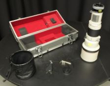 Canon lens FD 500mm 1:4.5 L - serial 10310 - lens cover, Canon carry case - slight dent