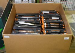 Vehicle parts - wiper blades - see picture for itinerary for model numbers and quantities