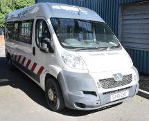 Peugeot LWB white electric van - Panel van - 2 axle rigid body - vehicle category N1