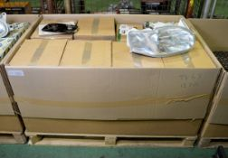 Vehicle parts - rear glass RH, headlamp assemblies RH - see picture for itinerary for mode