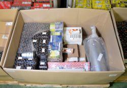 Vehicle parts - rear exhaust, cylinder head, gasket exhaust manifolds, bulbs, intercooler,