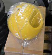 2x York 6kg medicine balls