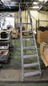 6 tread & platform step ladder
