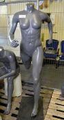 Mannequin - Female full body - running