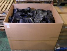 Various Size & Make Fire Service Safety Boots approx 50 pairs