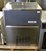 Maidaid Ice M65-40 ice making machine - 650W - 50hz - 220-240V - W 740mm x D 600mm x H 920