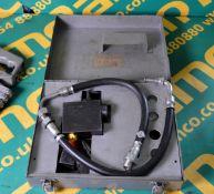 Kent Moore VR 2062 Power Steering Gauge Kit In Metal Box