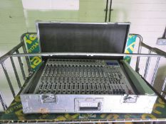 Alto L20 20 channel integrated live sound mixer with digital effect in carry case