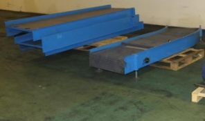 Conveyor section assemblies - 700mm width - 3x straight L 2950mm, 1x curved L 3000mm, rubb
